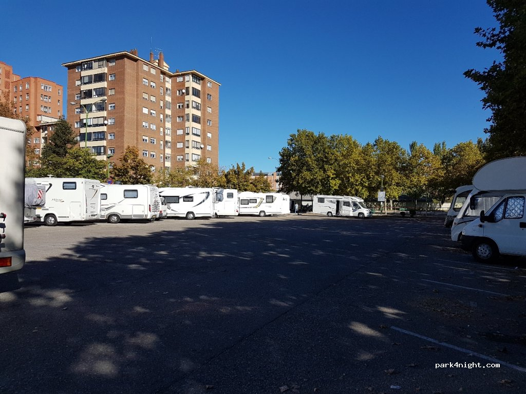 Burgos calle del farceutico obdulio fernandez burgos for Translation german farcical