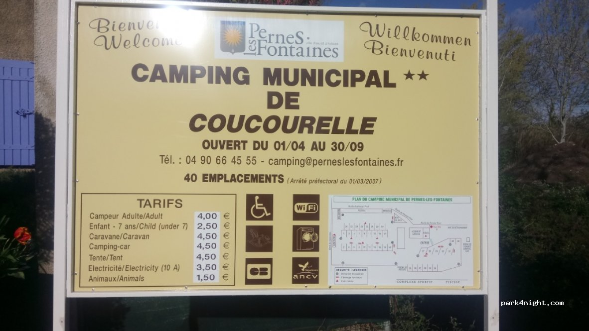 PernesLesFontaines Chemin Du Camping Vaucluse France