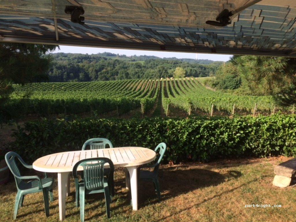 A la ferme Ferme, vignoble ..., Morizès, 12 Patatin, Gironde, France