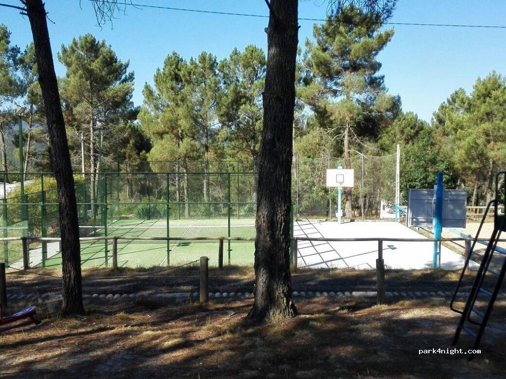 Cartelle, 20 Lugar Nogueiro, Ourense, Spain