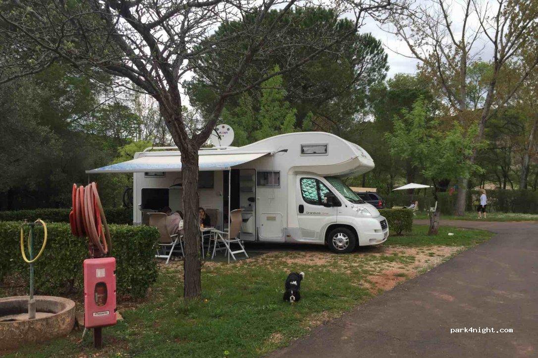 clermont l 39 h rault camping du salagou h rault france. Black Bedroom Furniture Sets. Home Design Ideas